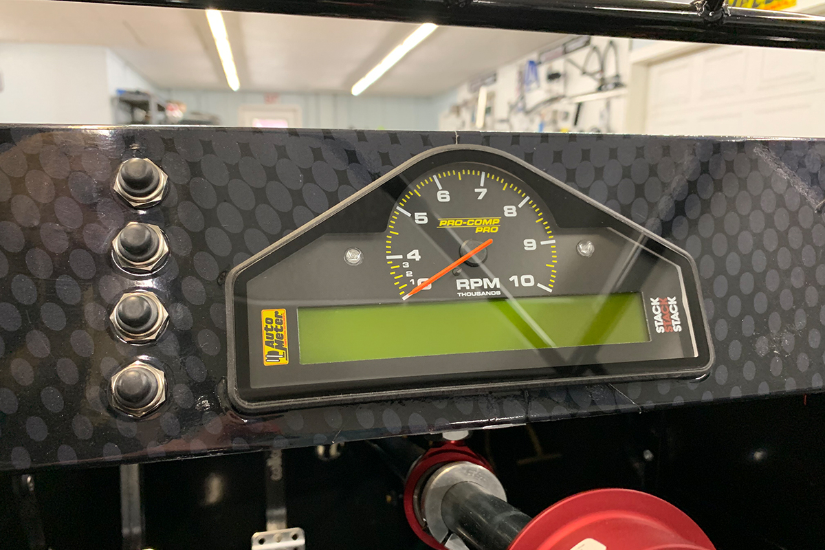 Autometer New Race Dash with Water Pressure Channel