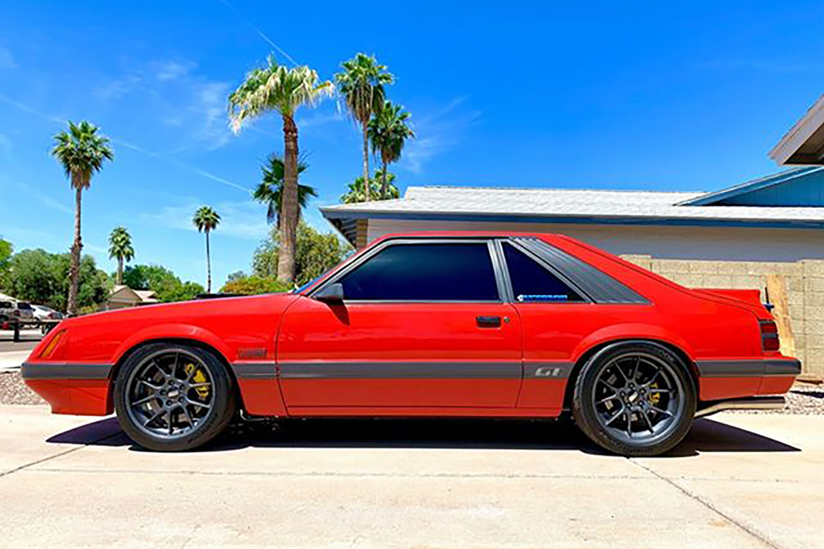 Autometer 1985 Mustang GT