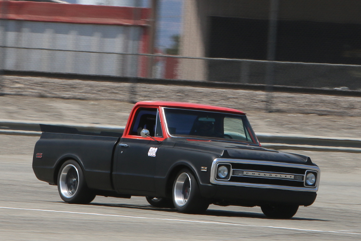 Autometer 1969 Chevy C-10