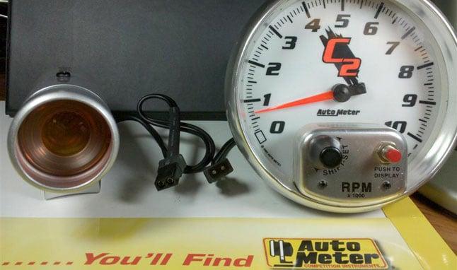 Autometer gauge and shift light