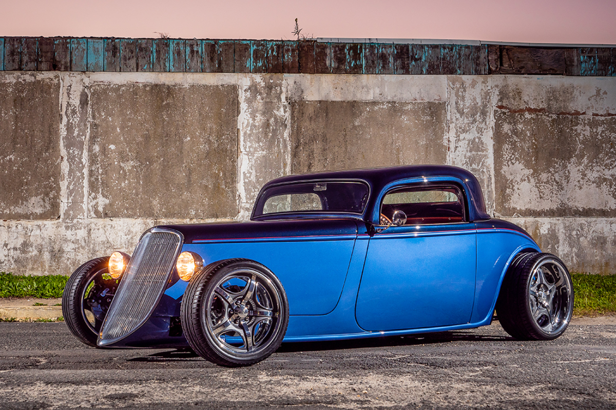 Chris Leso's Factory Five 33 Hot Rod side view